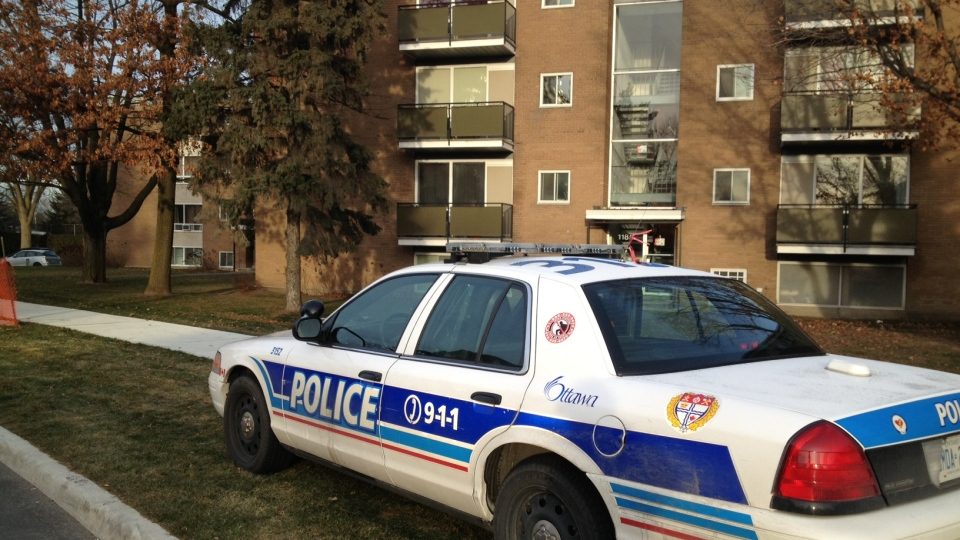 Ottawa Police on scene of homicide on Meadowlands Drive