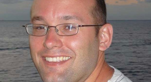 CFRA Journalist, Greg Hebert, passed away at home Dec. 20, 2012 after a three-year battle with cancer.