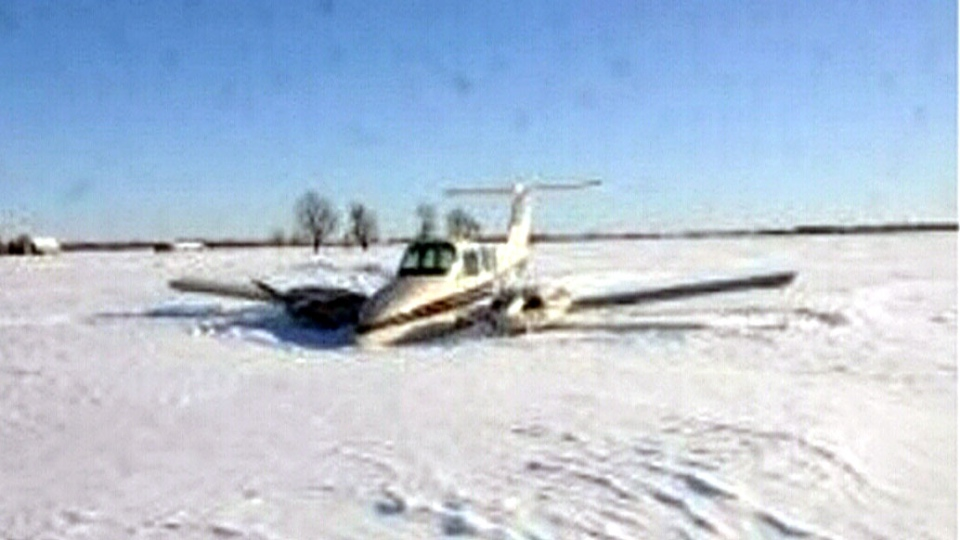Small plane made an emergency landing in west Ottawa on Saturday, Feb. 9, 2013