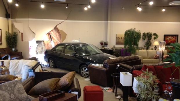 Car slams into merivale road furniture store ctv ottawa news for Sofa world ottawa