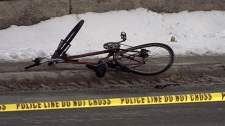 cyclist crash ottawa, carling avenue closed
