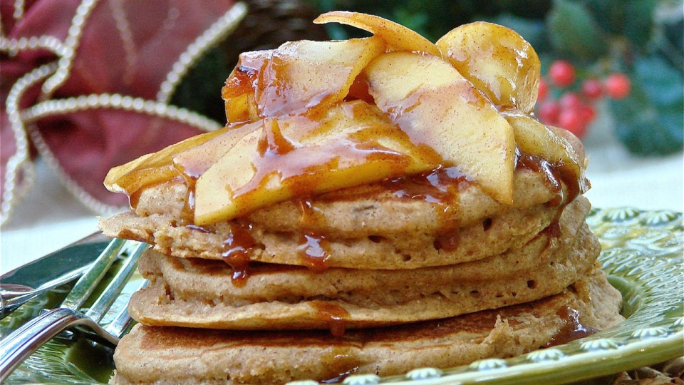 Looneyspoons Recipes: Gingerbread Pancakes with ...