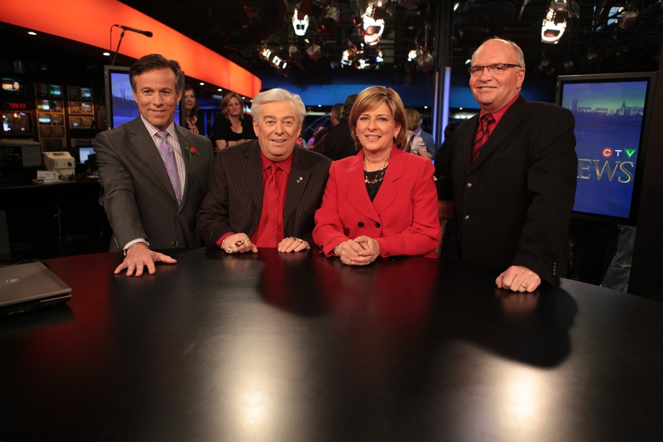 Max Keeping (2nd from left) poses with the news team, Terry Marcotte, Carol Anne Meehan and J.J Clarke (l to r),  ahead of his final newscast on March. 26, 2010. (Robert Patterson/CTV Ottawa)