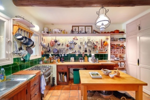 The kitchen of Julia Child's summer home La Peetch (La Peetch / Facebook)