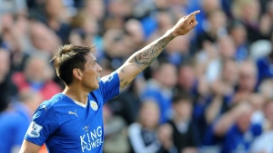 Leicester City's Leonardo Ulloa celebrates at the King Power Stadium in Leicester, England, on April 17, 2016. (Rui Vieira / AP)
