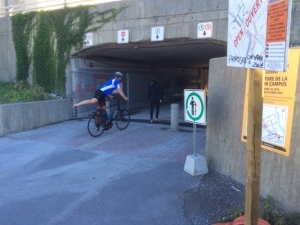 Pedestrians and cyclists are now able to use the tunnel under Nicholas Avenue at the University of Ottawa.