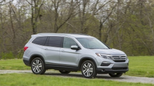2016 Honda Pilot in Elite trim (Honda North America)