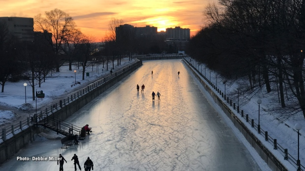 Morning skate on the Rideau Canal. (Debbie Miller/CTV Viewer)