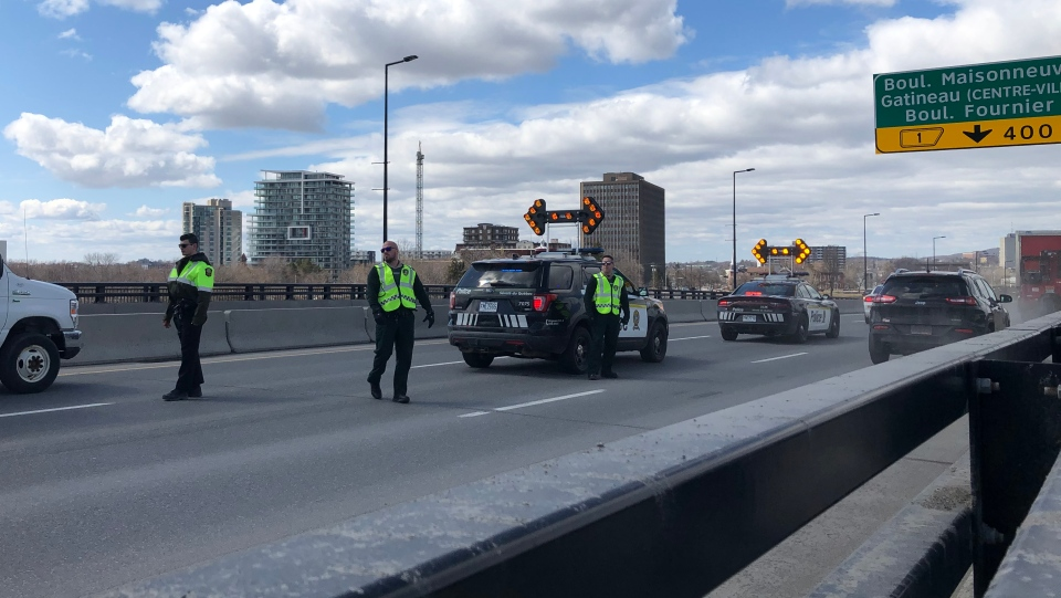 Quebec Police checkpoint