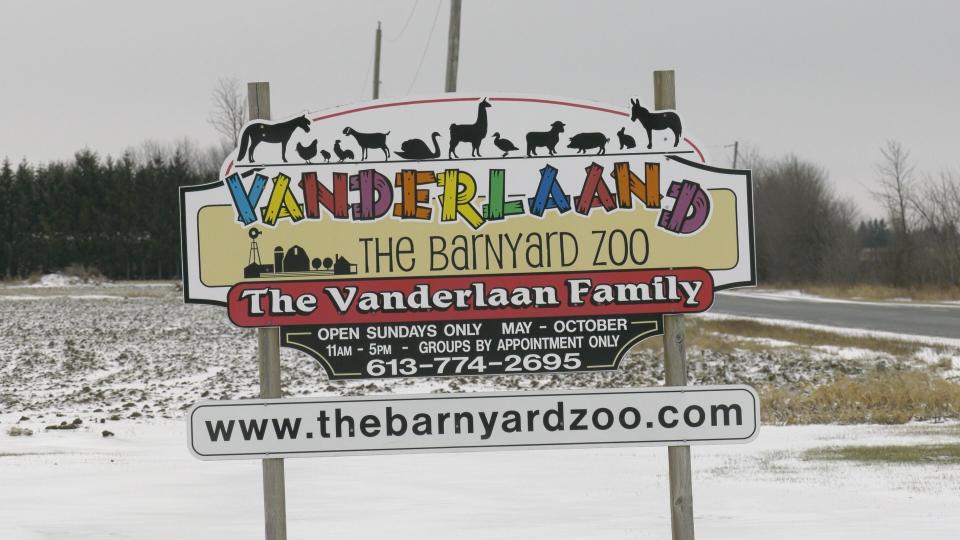 Vanderlaand The Barnyard Zoo