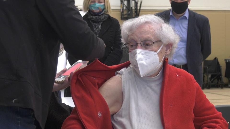 Ottawa COVID-19 vaccinations