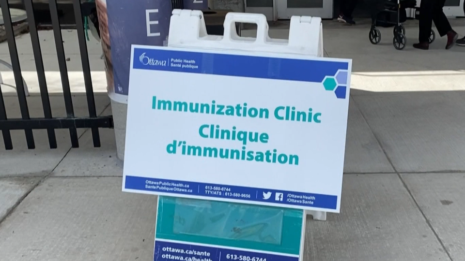 COVID-19 vaccine Ottawa immunization clinic