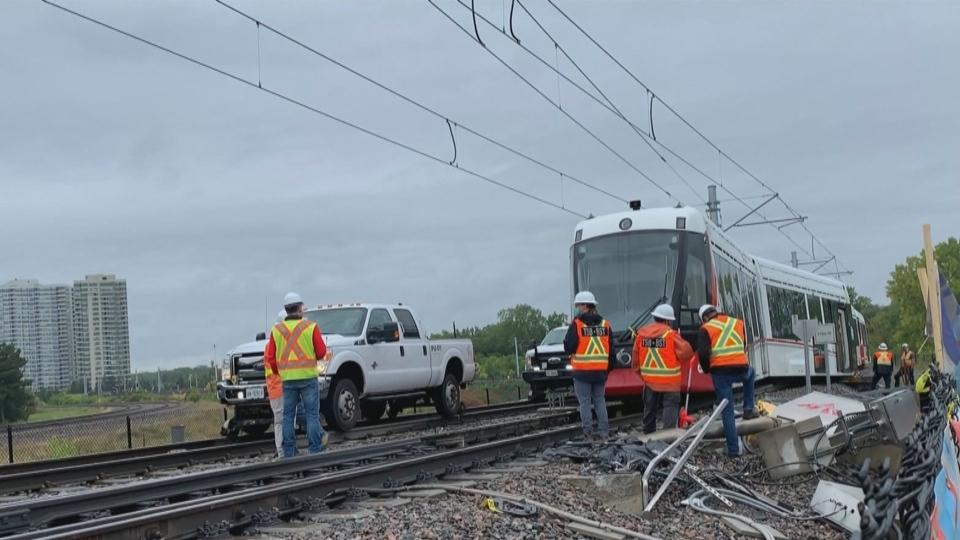 Calls for public inquiry into Ottawa's train syste