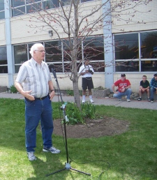 Brian Smith's cousin, Jim Cain, makes a touching speech to CTV employees, Saturday, April 24, 2010.